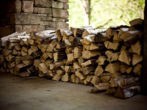 Günstig Brennholz Kaminholz Kaufen in Bichl bei Irschenberg - Bayern