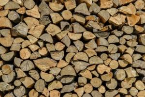 buchenholz scheite als kaminholz